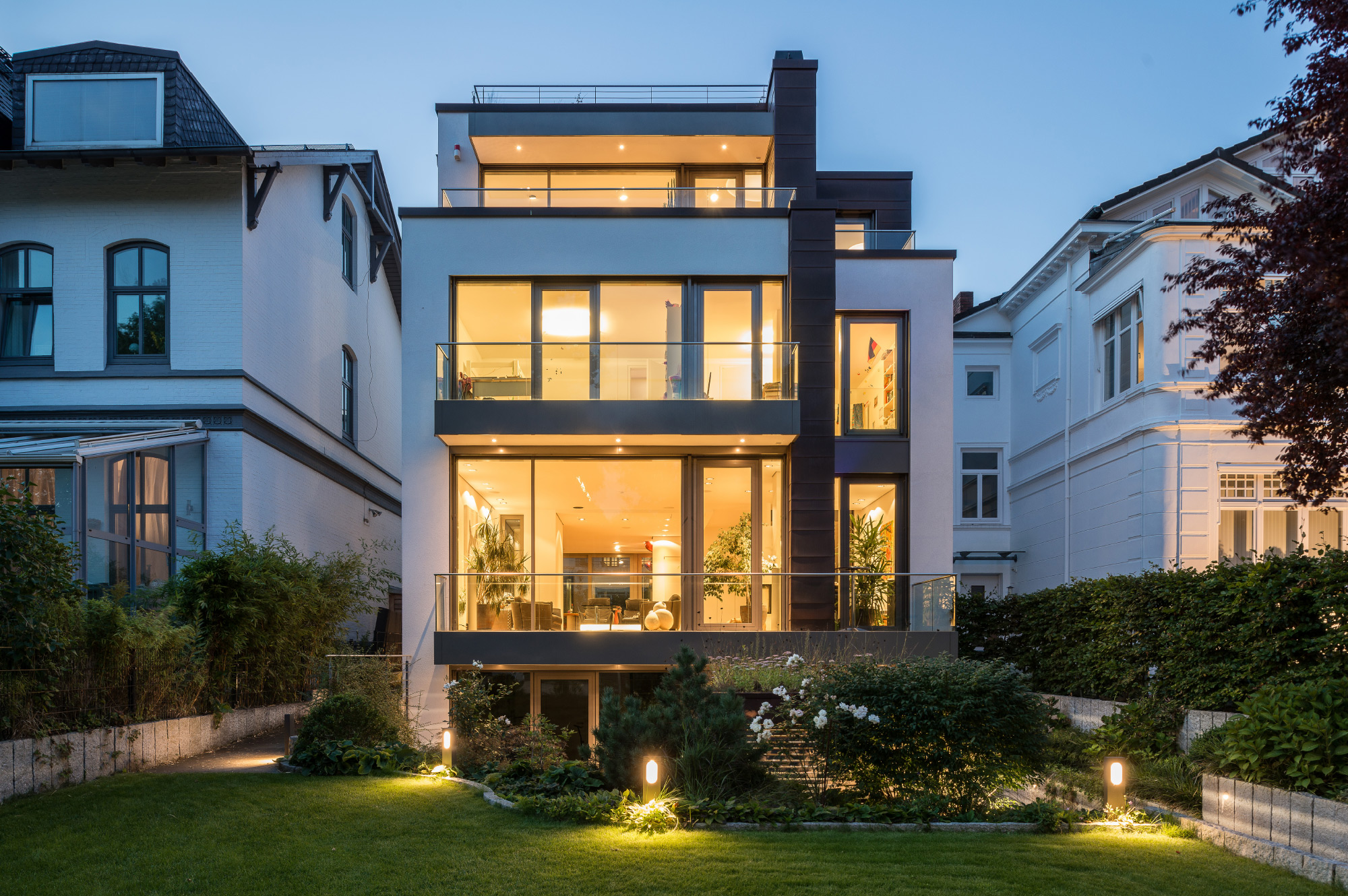 moderne stadtvilla hamburg ottensen jk architektenteam. Black Bedroom Furniture Sets. Home Design Ideas