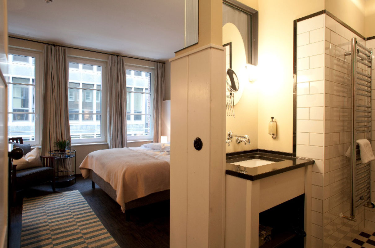 henri hotel hamburg innenstadt jk architektenteam. Black Bedroom Furniture Sets. Home Design Ideas